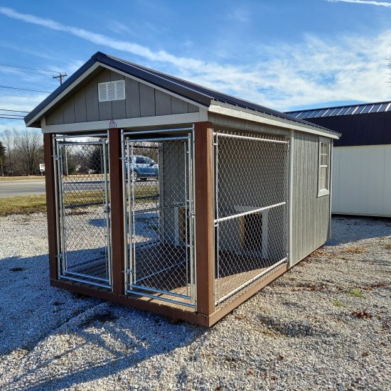 8x16 Double Dog Kennel Front